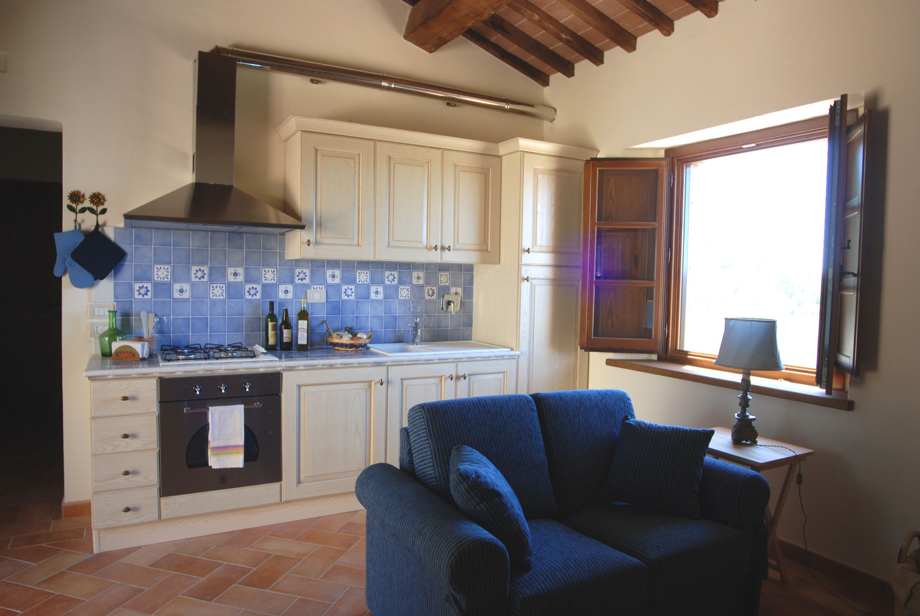 Apartments for sale in Panicale without posrednimkov terahovya